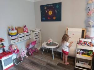 playroom-organization